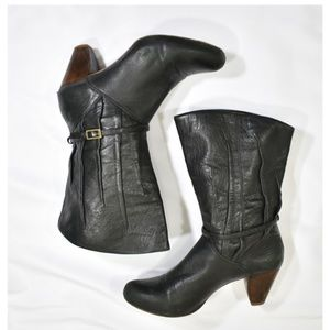 Frye Lisa 8L Pleated Leather Boots